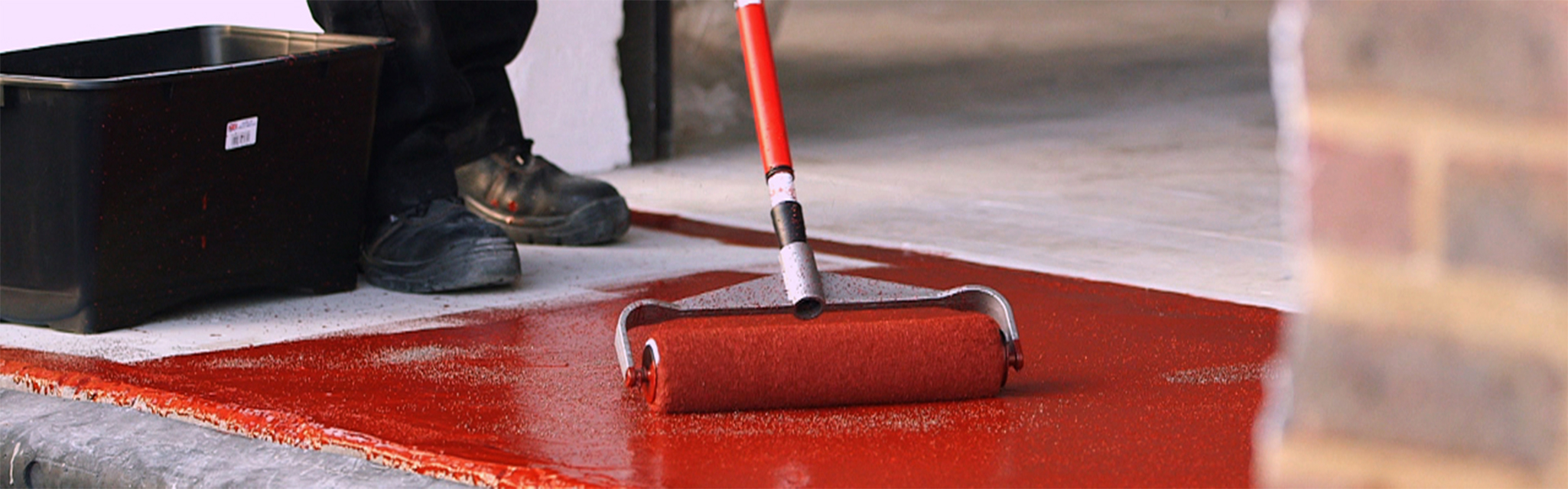 انواع پوشش های رزینی سطوح کف ساختمانی و صنعتی (Solvent free)